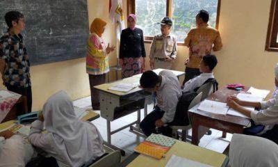 Wakil Walikota Tinjau Sekolah Satu Atap yang Berdiri di Atas Tanah Gerak